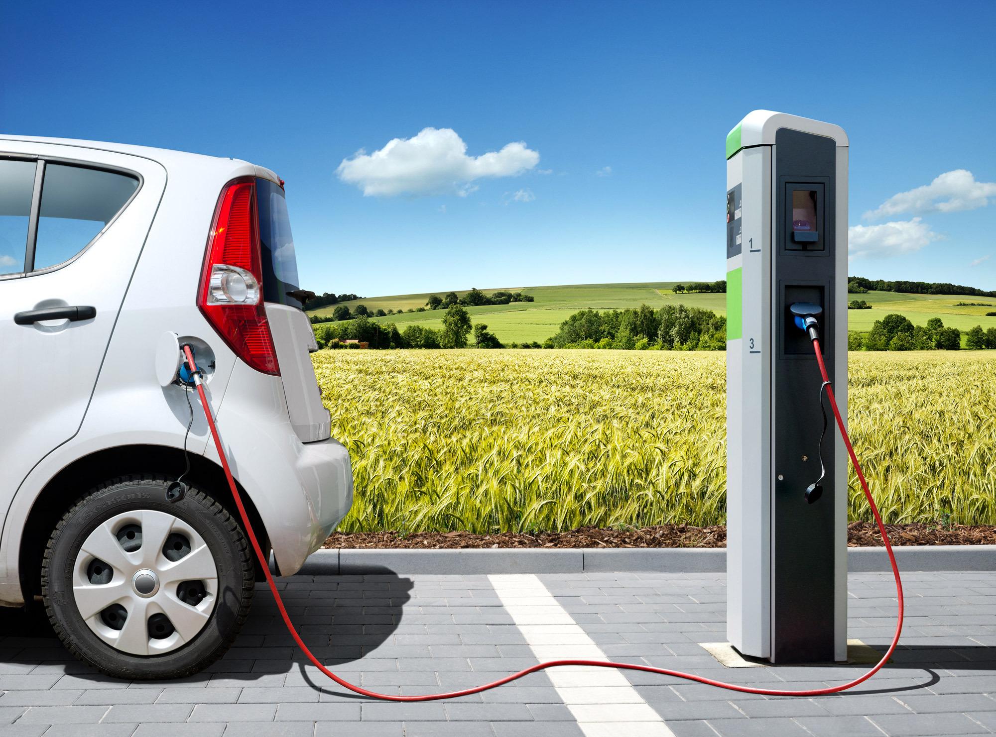 En 2025 sólo coches automáticos - la strategia sostenible de los Países Bajos