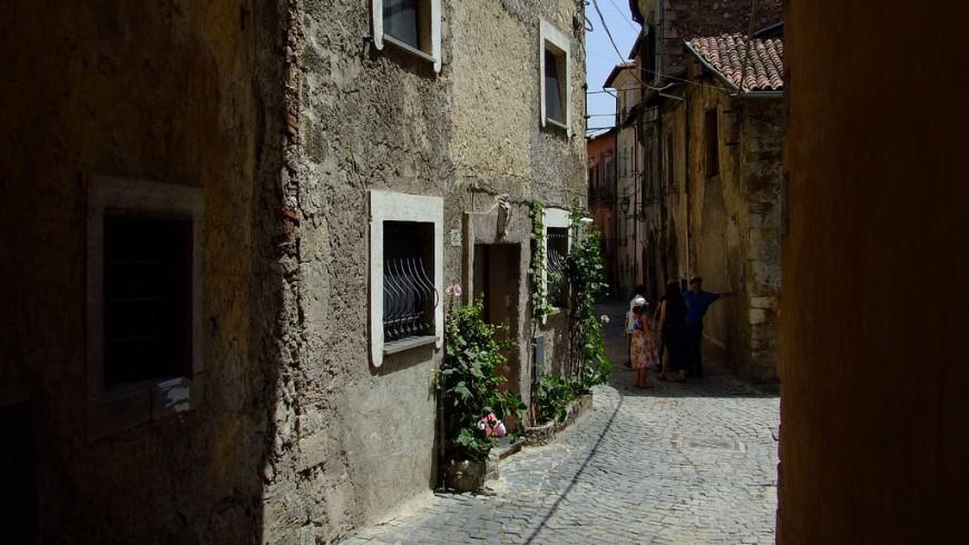 Una calle del burgo de Tagliacozzo
