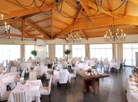 Sala para eventos y restaurante