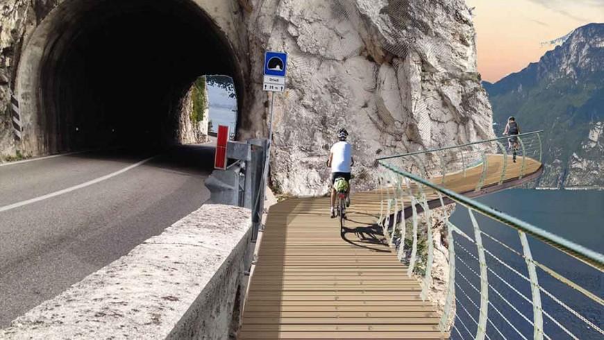Nuevo carril bici del proyecto Limón en Trento, Italia.