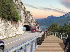 Nuevo carril bici del Lago de Garda, Trento Italia