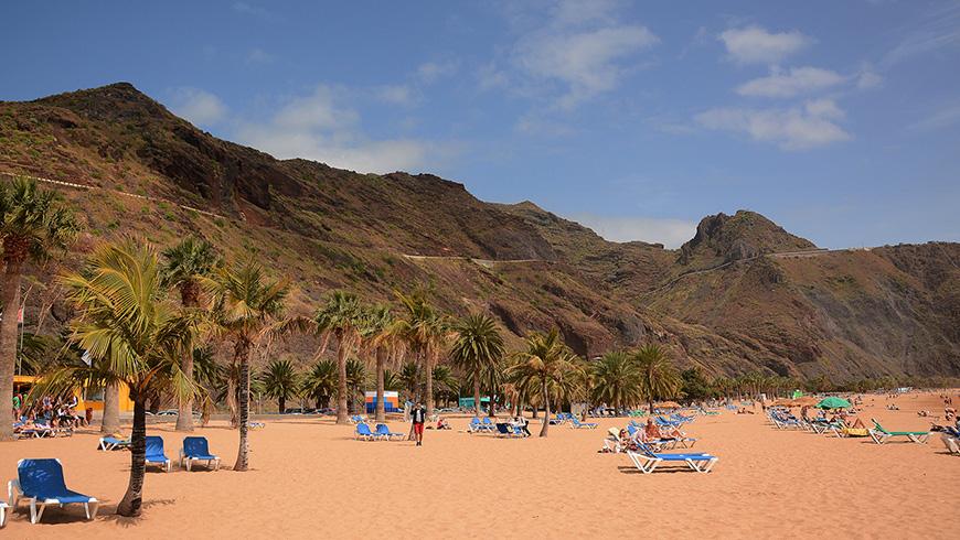 Playa del las Teresita, Santa Cruz de Tenerife, España. Un mar de ensueño: las 30 playas más bellas de España