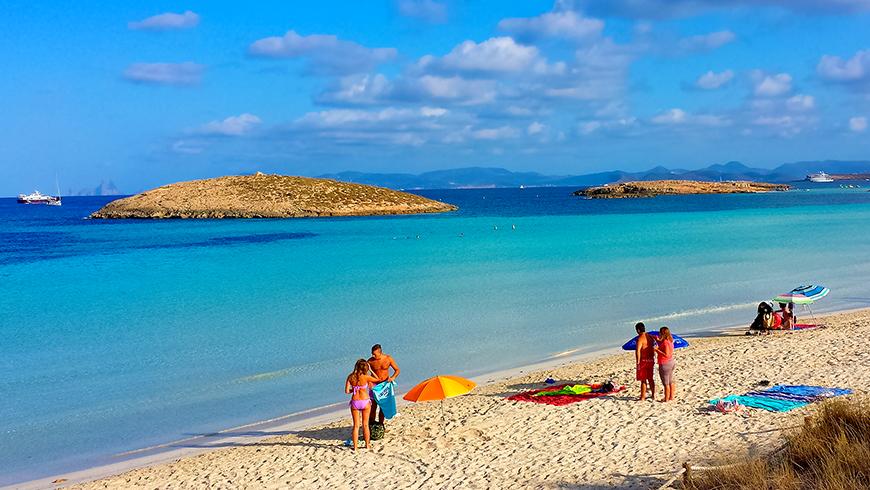 Platja de ses Illetes, Formentera, España. Un mar de ensueño: las 30 playas más bellas de España