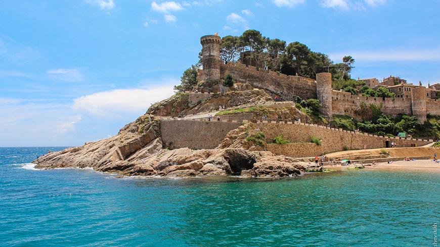 Tossa de Mar, Girona, España.Un mar de ensueño: las 30 playas más bellas de España
