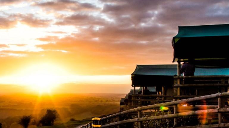 Vistas de un amanecer en Livingstone Lodge, Reino Unido. Los 19 hoteles más extraños del mundo