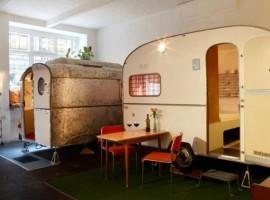 Caravanas al interior del Hüttenpalast. Los 19 hoteles más extraños del mundo