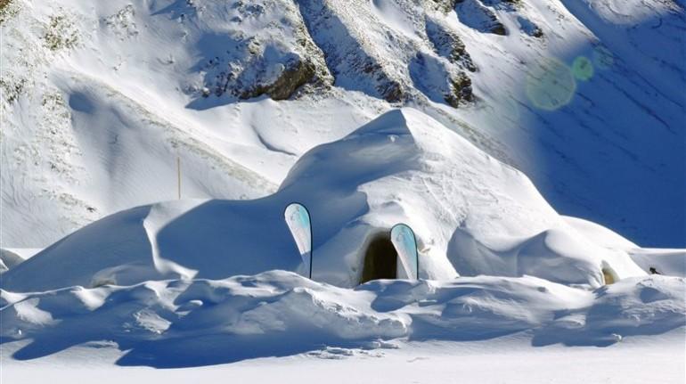 Iglu Dorf, Pirineos, España.Los 10 insólitos alojamientos eco-friendly de España
