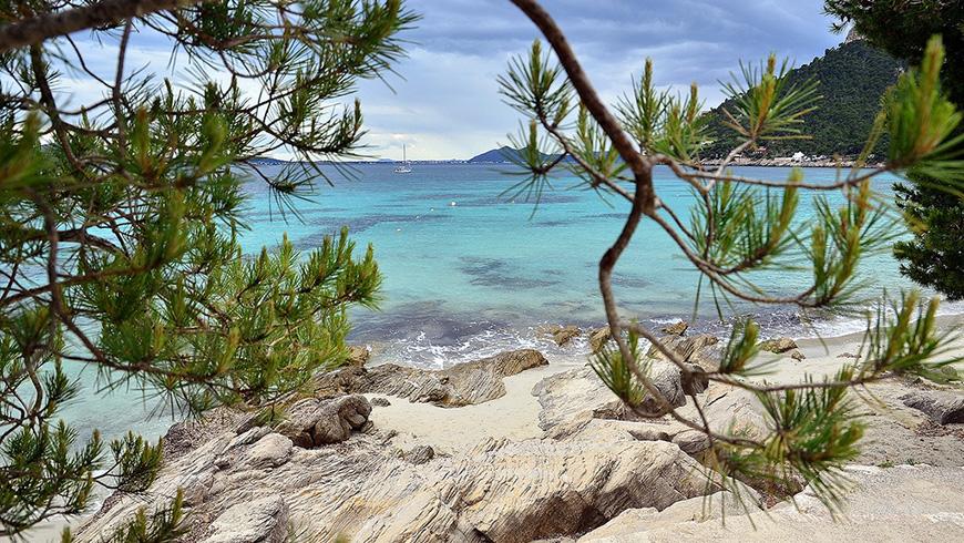 Cala de Formentor, Mallorca,España. Un mar de ensueño: las 30 playas más bellas de España