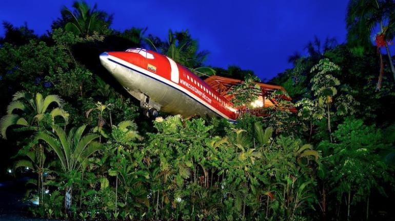 Avión del Mirador del resort Costa Verde en Costa Rica. Los 19 hoteles más extraños del mundo