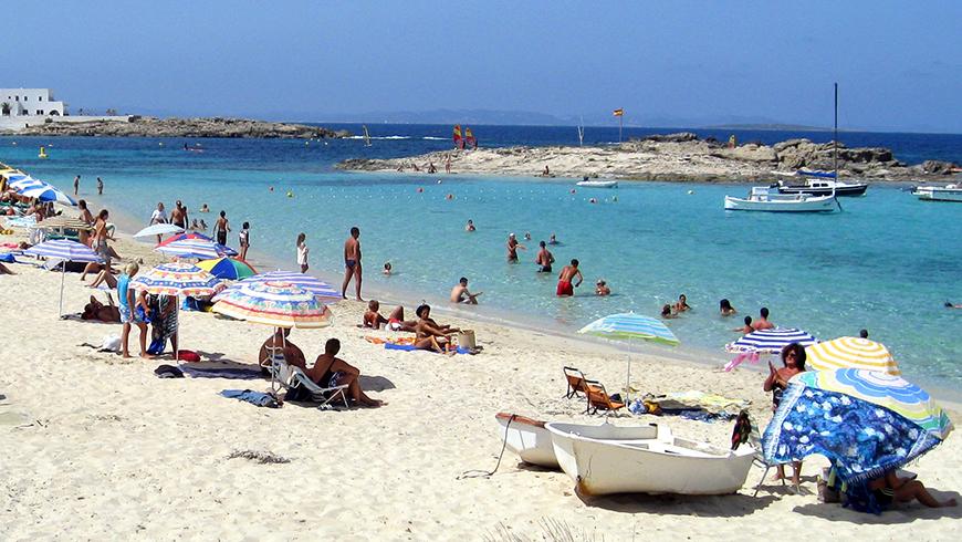 Es Pujols, Formentera, España. España. Un mar de ensueño: las 30 playas más bellas de España