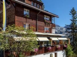 Exterior del Arlenwald Hotel Arosa Suiza