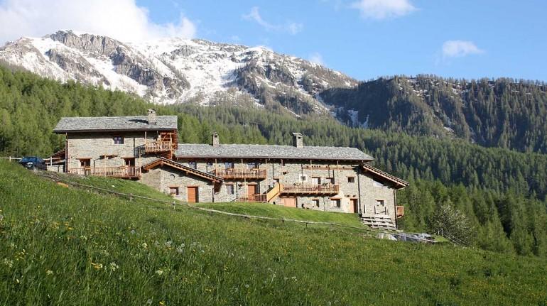 Borgata Sagna Rotonda, Los 16 alojamientos insólitos eco-friendly de Italia