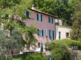 Esterior de la casa B&B Alla Casalta, en los Alpes Alpuanos,Liguria
