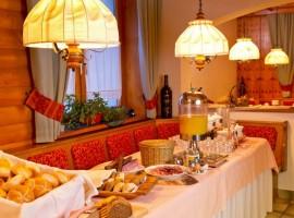 Comedor del Hotel Eggerhof, Mallnitz, Austria