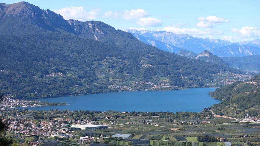 Lago de Caldonazzo, Italia. Fin de semana: 10 lagos de Italia para una escapada eco-friendly