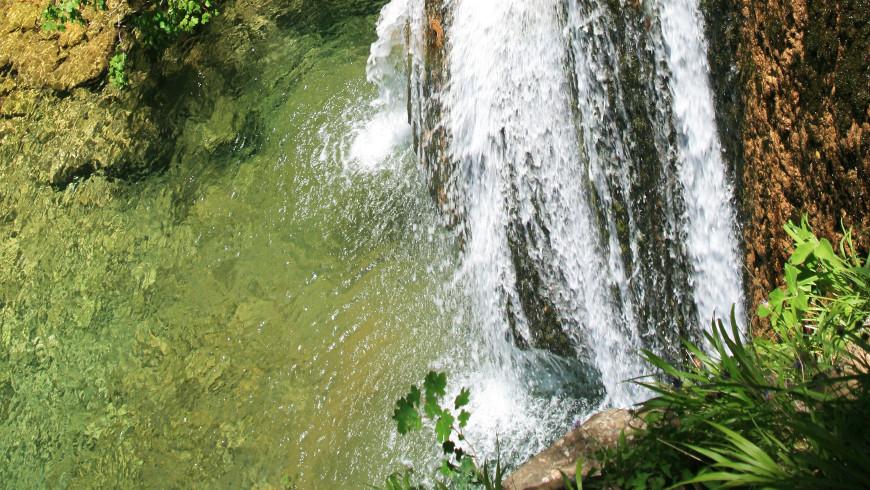 Chorros del río Mundo, Albacete, España. Tesoros de la naturaleza: Las cascadas más hermosas de España
