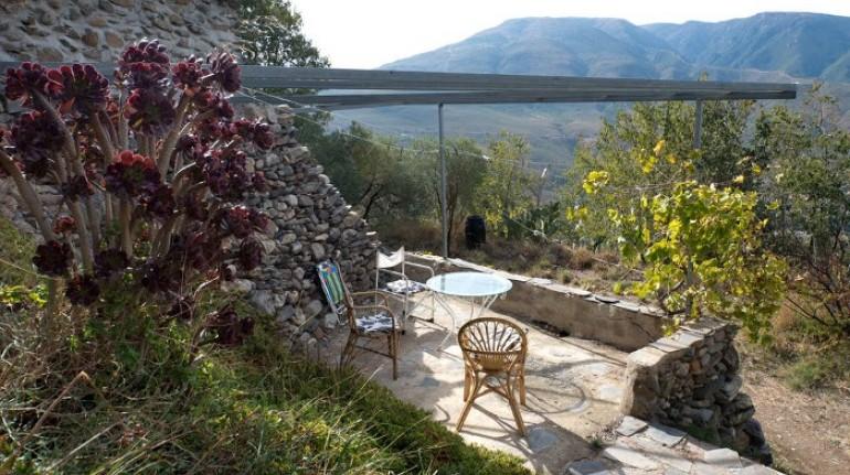La Jimena beneficios del silencio entre naranjos y olivos en Granada