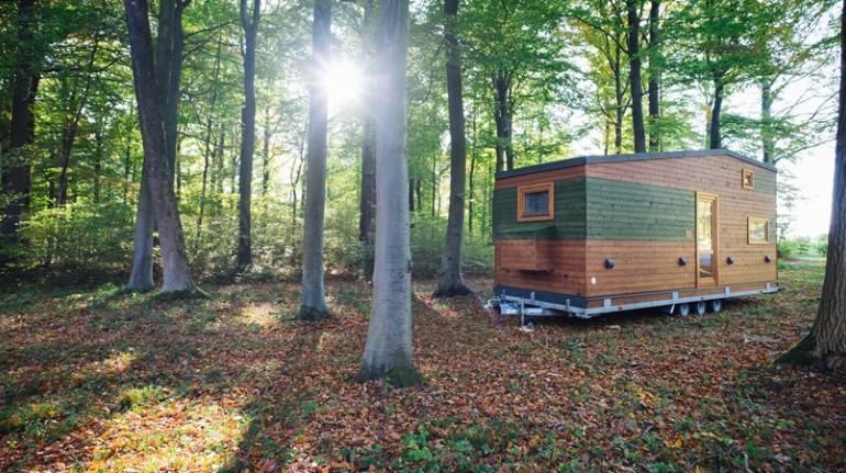 casita ecológica y minimalista inmersa en los Prealpes de la Baja Austria