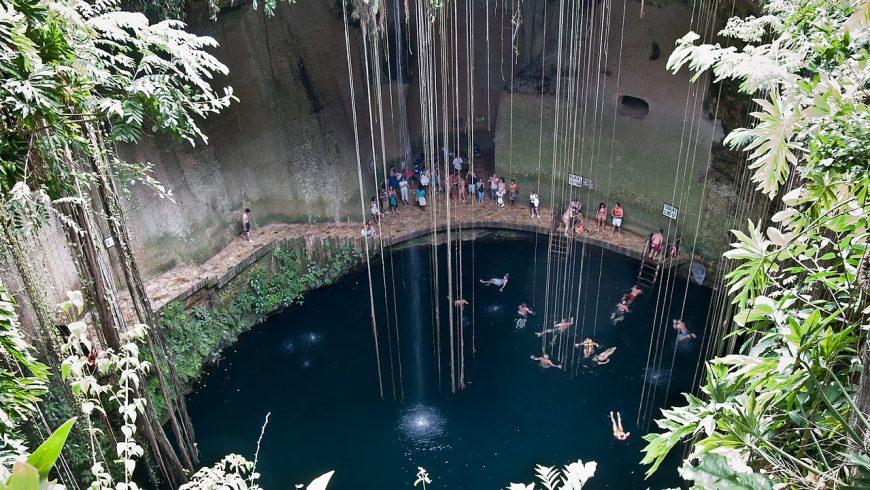 Ik Cenote Ik Kil, Tulum, Yucatán, México