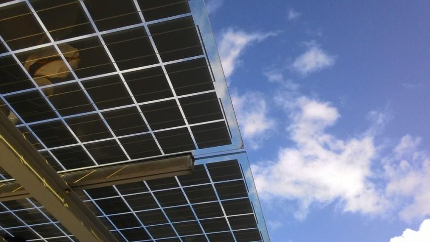 Vehículos eléctricos-Uso de energía renovable