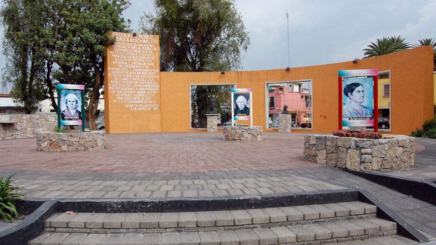 Rotonda de los personajes ilustres Xochimilco