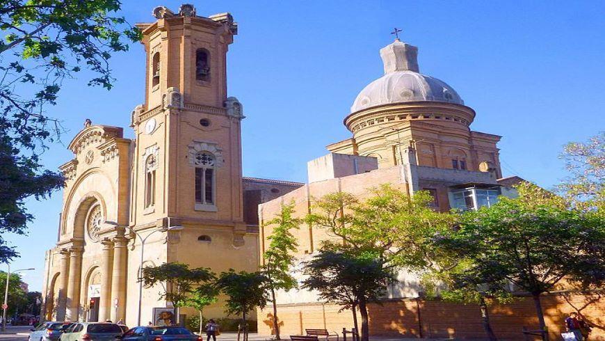 Barcelona Iglesia de Sant Andreu del Palomar