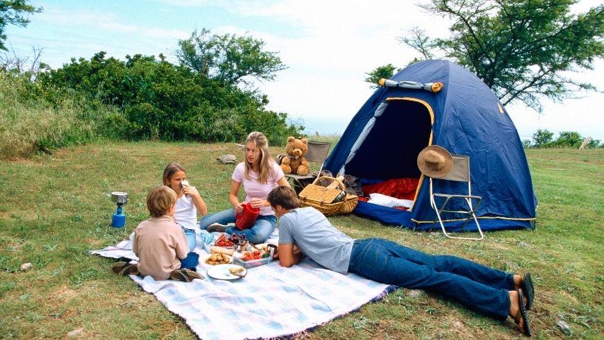 ¿Qué se necesita para irse de camping de una manera sostenible?